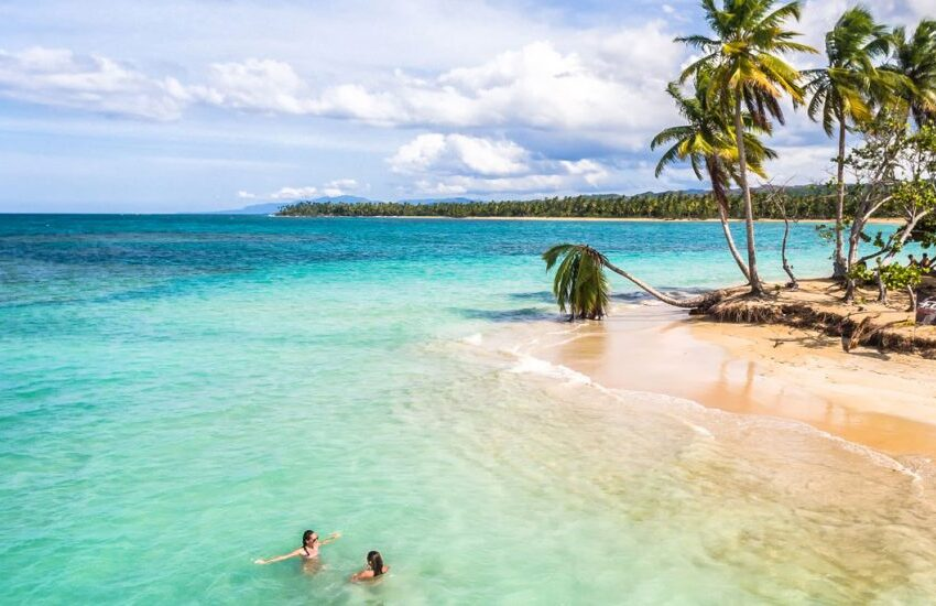 Empresarios de Samaná defienden bellezas y condiciones de sus playas