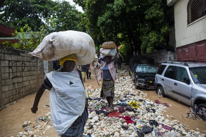 Aumentan a nueve los muertos en Haití por la tormenta Laura