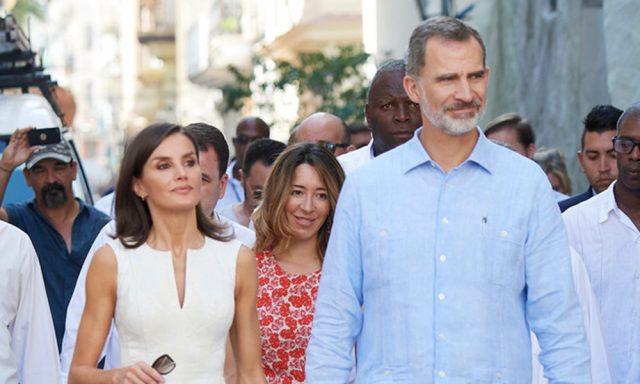 Felipe VI pone de moda la guayabera en España