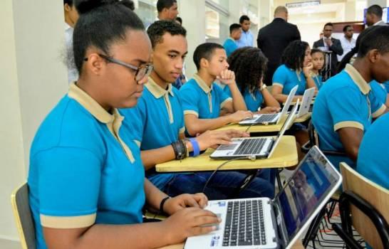 Gobierno pagará internet de cada estudiante para educación virtual
