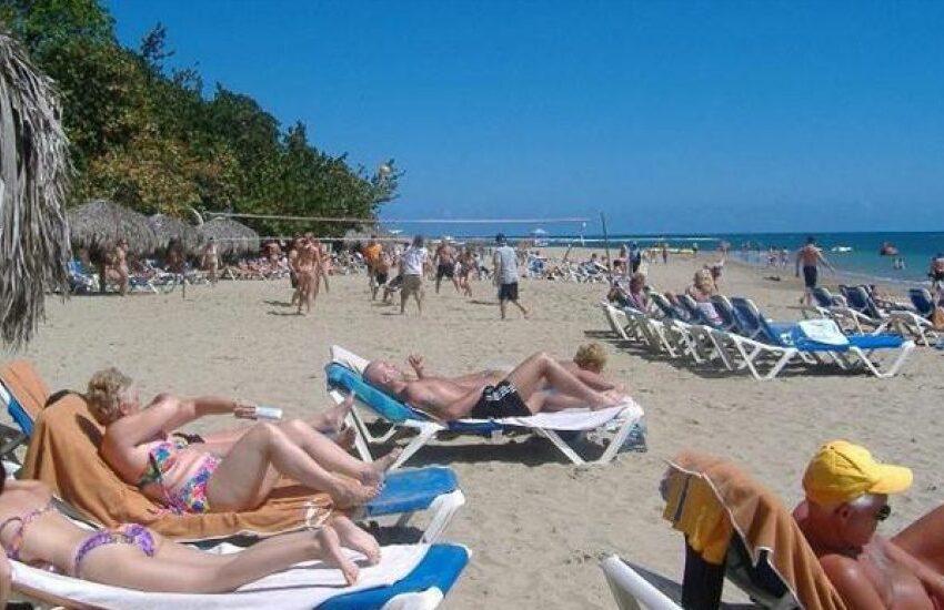 Turismo cae un 88% en RD en julio, mes de reapertura