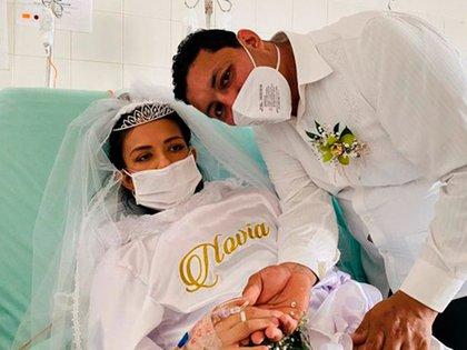 La conmovedora historia de la pareja colombiana que contrajo matrimonio en un hospital para cumplir el último deseo de la novia antes de morir