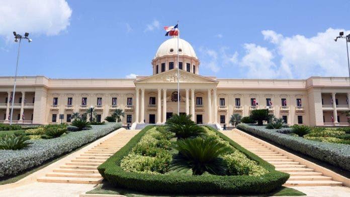 Abinader designa nuevos funcionarios mediante decreto
