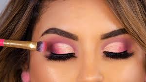Maquillaje para resaltar los ojos con las mascarillas