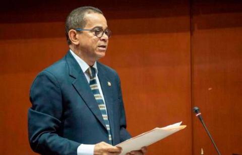 Vargas dice oficinas comunitarias fueron construidas con fondos propios