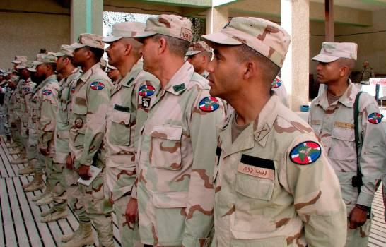 Gobierno debe pagar US$1.9 millones a militares dominicanos que fueron a Irak hace 17 años