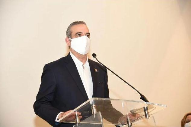 Abinader: China no puede tener inversiones en puertos, telecomunicaciones y aeropuertos en RD
