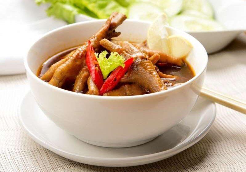 Comer patas de pollo tiene amplios beneficios para la salud