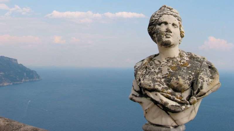 Palacio en la costa Amalfi, un sueño medieval entre mar y montañas