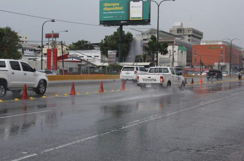Onamet: Incrementos de la humedad y vaguada provocarán aguaceros locales y tronadas