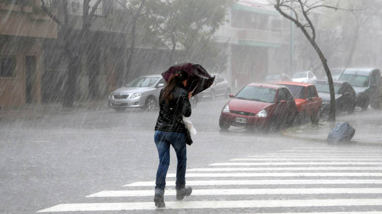 Onda tropical incrementará las condiciones del tiempo durante el fin de semana