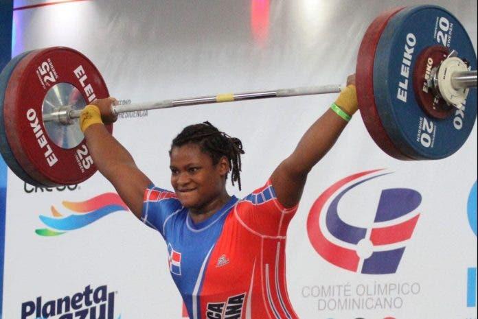 Pesas aísla en 'burbuja' atletas para clasificatorio