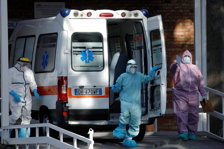 Italia endurece los confinamientos y el Instituto de Sanidad advirtió que la situación estará fuera de control si no baja la cantidad de casos