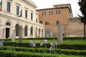 Una turista devuelve a Roma una pieza de mármol y se excusa por ser «idiota»