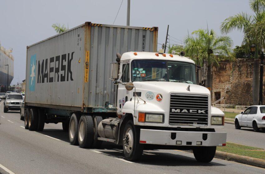 INTRANT prohíbe circulación de vehículos de carga en días festivos de Navidad y Año Nuevo