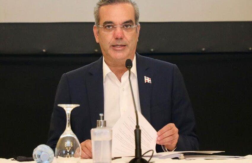 Presidente Abinader exhorta sociedad comprometerse con grandes cambios necesita país