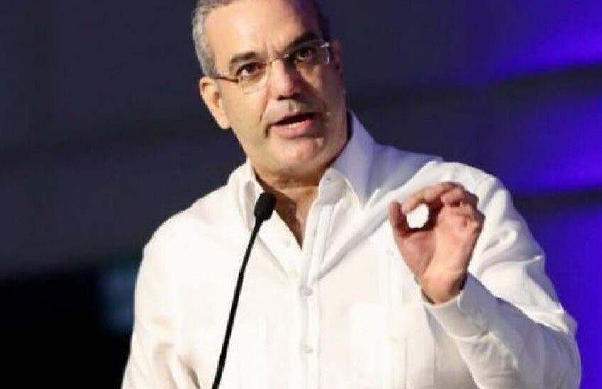 """Presidente Abinader advierte """"a quien cometa un acto ilícito nadie le protegerá"""""""