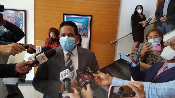 Contrataciones Públicas pondera rol de la ciudadanía en denuncia de licitación de jeringuillas