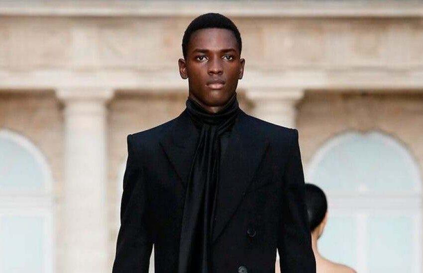 Conozca al joven que de trabajar en un colmado pasó a modelar para Dior, Valentino y Prada