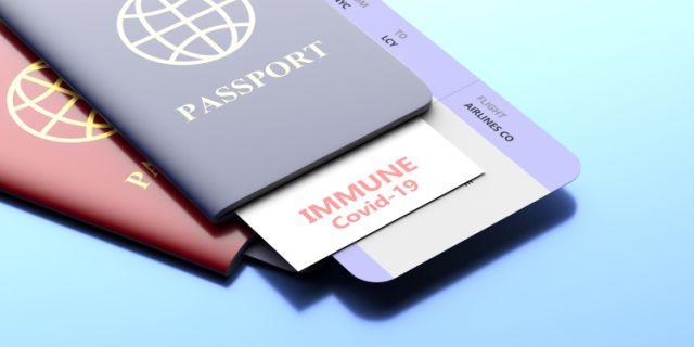Estados Unidos y la Unión Europea desarrollan «pasaportes vacunación»