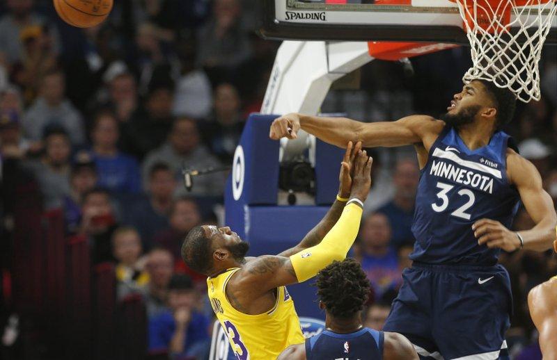 Karl-Anthony Towns explota con 29 puntos pero Lakers vencen Minnesota