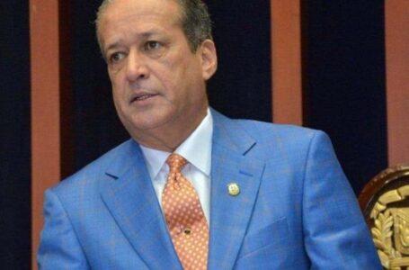 Reinaldo Pared Pérez tendrá que acudir a tribunales por reconocimiento de paternidad