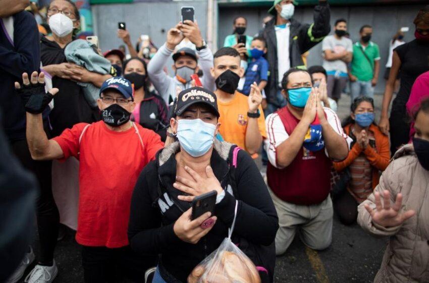 Venezuela prolonga la cuarentena radical y Chile cierra sus fronteras