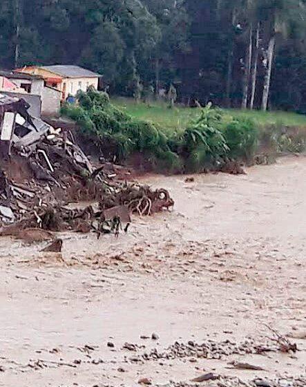 Continúan los aguaceros; hay 13 provincias en alerta
