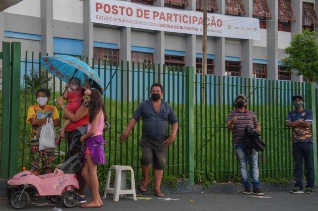 Brasil concluye la vacunación de ciudad entera en experimento mundial inédito