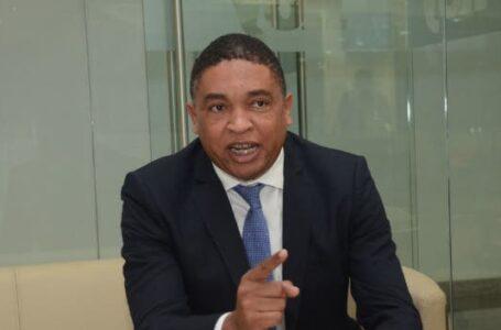 Iván Lorenzo pide se investigue al Dicom por «irregularidades»
