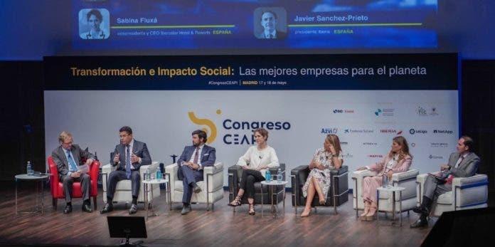República Dominicana anuncia que ha vacunado al 100% su sector turístico