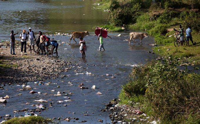 Se enfrentan agricultores de Haití y RD por canalización del Masacre