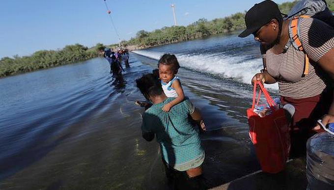 La travesía de las haitianas embarazadas para ver nacer a sus hijos en EE.UU.