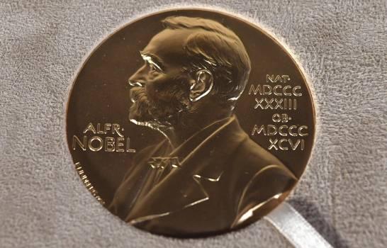 Novelista Abdulrazak Gurnah gana Nobel de Literatura
