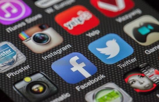 La peor caída mundial de Facebook en medio de una crisis de credibilidad